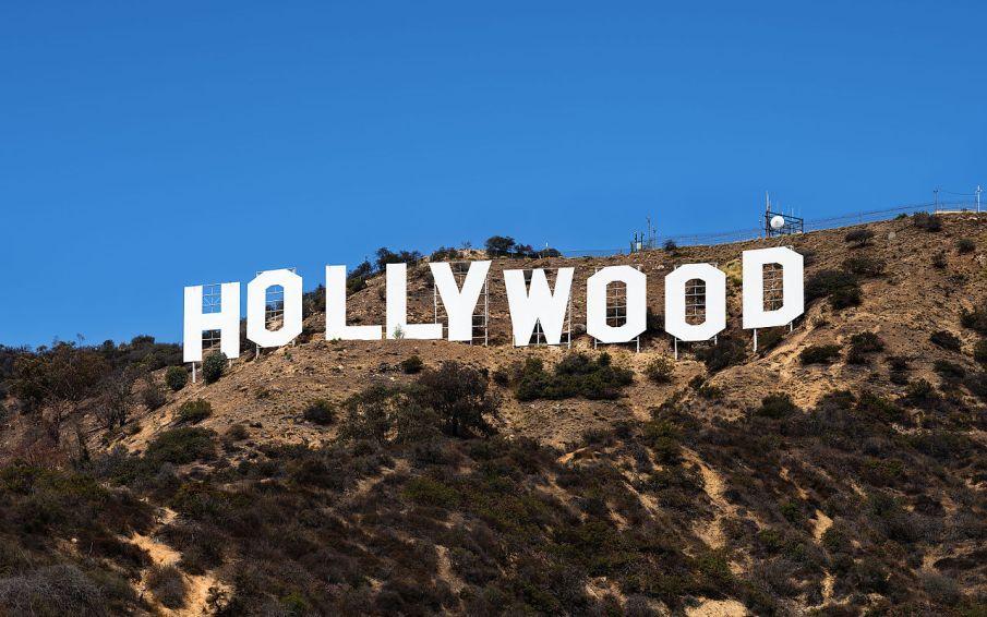 1280px-Hollywood_Sign_(Zuschnitt) (1)